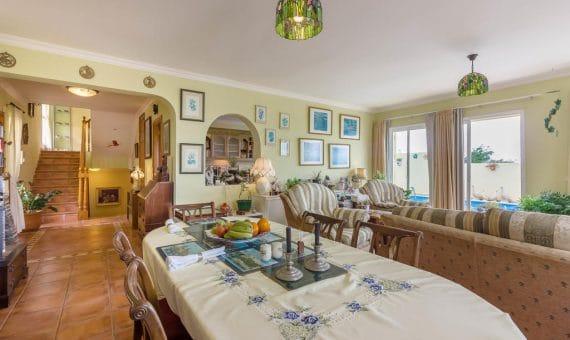 Villa in Adeje, city Torviscas Alto, 250 m2, fully furniture, garden, terrace, balcony, garage, parking   | 105317-570x340-jpg