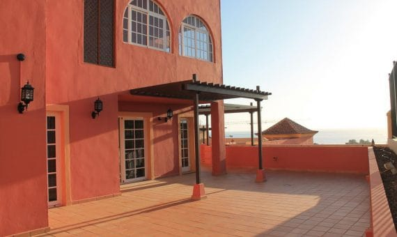 Apartment in Adeje,  Bahia del Duque, 98 m2, terrace, garage, parking   | 1