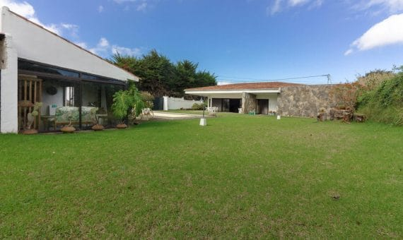 Villa in Tacoronte, 240 m2, garden, garage, parking   | 1