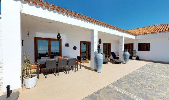 Villa in San Miguel de Abona,  San Miguel, 198 m2, fully furniture, garden, terrace   | 1