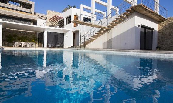 Villa in Adeje,  Golf Costa Adeje, 762 m2, fully furniture, garden, terrace, balcony, garage, parking   | 1