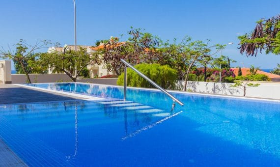 Villa in Adeje,  Playa Paraiso, 375 m2, garden, terrace, garage, parking   | 109233-570x340-jpg