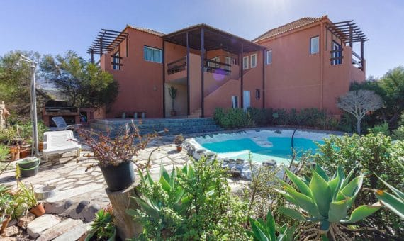 Villa in Adeje,  Playa Paraiso, 300 m2, garden, terrace, garage, parking   | 3
