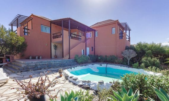 Villa in Adeje,  Playa Paraiso, 300 m2, garden, terrace, garage, parking   | 110093-570x340-jpg