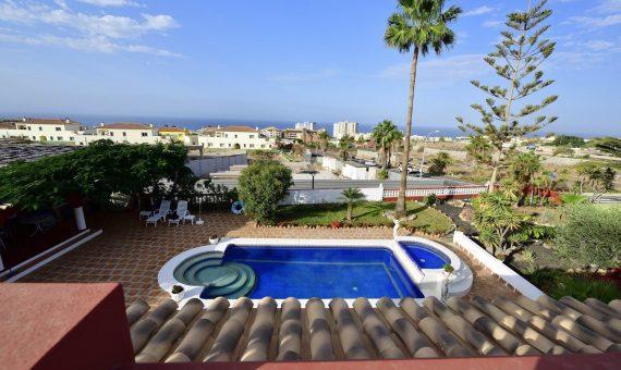 Villa in Adeje,  Playa Paraiso, 300 m2, garden, terrace, balcony, garage, parking   | 111735-570x340-jpg