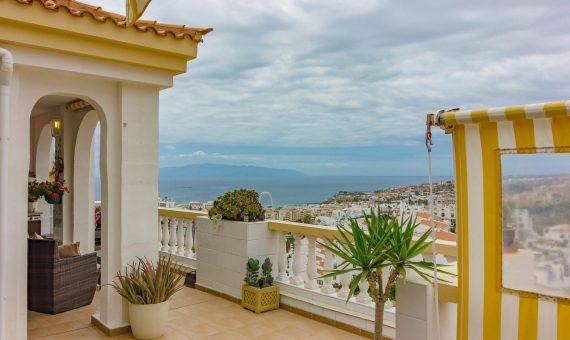 Piso en Adeje,  San Eugenio Alto, 62 m2, parcialmente con mueble, terraza   | 2