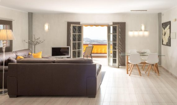 Villa in Arona,  Valle De San Lorenzo, 252 m2, partially furniture, garden, terrace   | 1
