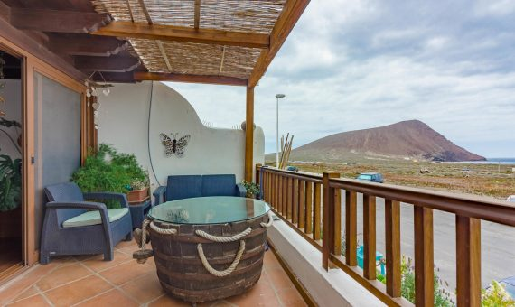 Casa adosada en Granadilla,  El Medano, 220 m2, con mueble, terraza, balcon, garaje, aparcamento, aparcamento   | 115158-570x340-jpg