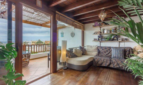Casa adosada en Granadilla,  El Medano, 220 m2, con mueble, terraza, balcon, garaje, aparcamento, aparcamento   | 2