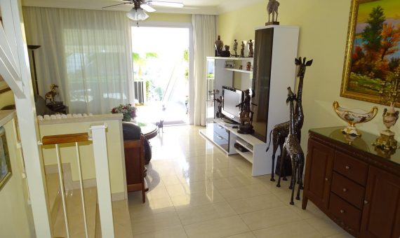Casa adosada en Arona,  Chayofa, 110 m2, con mueble, jardin, terraza   | 3