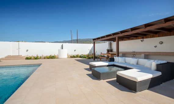 Villa in Granadilla,  Yaco, 317 m2, fully furniture, garden, terrace, garage, parking   | 1