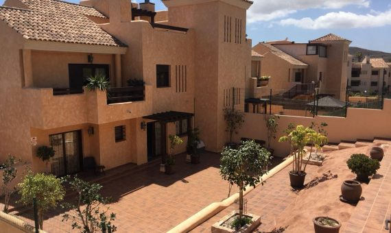 Villa in San Miguel de Abona,  Amarilla Golf, 143 m2, garden, terrace, garage, parking   | 1