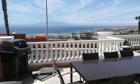 Apartment in Adeje,  San Eugenio Alto, 140 m2, fully furniture, terrace, garage, parking   | 3