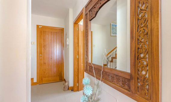 Casa en Adeje,  San Eugenio Alto, 230 m2, con mueble, jardin, garaje, aparcamento, aparcamento   | 4