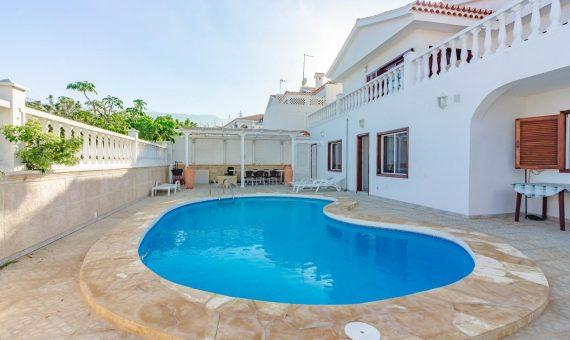 Villa in Adeje,  Callao Salvaje, 286 m2, fully furniture, terrace, balcony     4