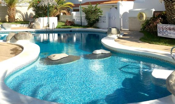Villa in Adeje,  La Caleta, 83 m2, garden, terrace, garage, parking   | 1