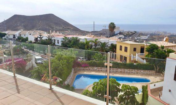 Casa en Arona,  Chayofa, 172 m2, terraza, balcon   | 121971-570x340-jpg