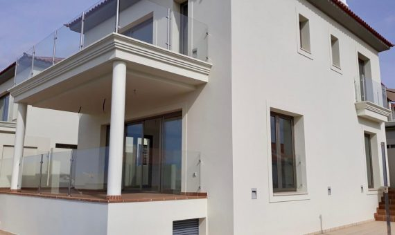 Вилла в Арона,  Чайофа, 172 м2, сад, террасса, балкон   | 121999-570x340-jpg