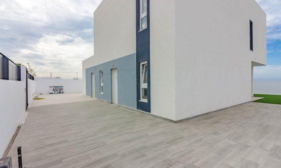 Villa in Adeje, city Callao Salvaje, 150 m2, garden, terrace, garage, parking   | 122335-570x340-jpg