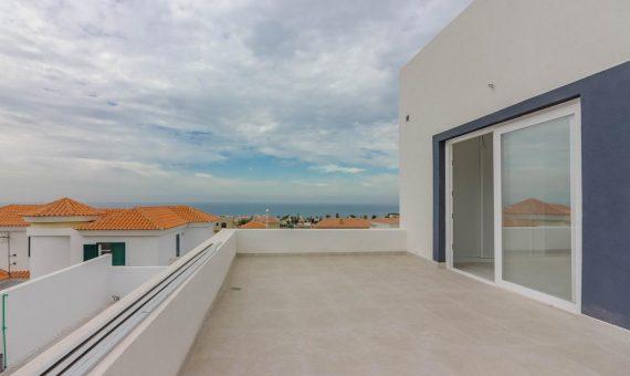 Villa in Adeje,  Callao Salvaje, 150 m2, garden, terrace, garage, parking     4
