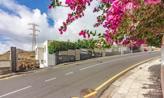 Townhouse in Tabaiba Baja, 278 m2, fully furniture, garden, terrace, garage, parking   | 3