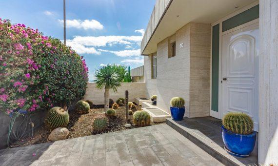 Townhouse in Tabaiba Baja, 278 m2, fully furniture, garden, terrace, garage, parking   | 4