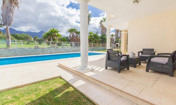 Villa in Adeje,  Golf Costa Adeje, 365 m2, fully furniture, garden, terrace, garage, parking   | 1