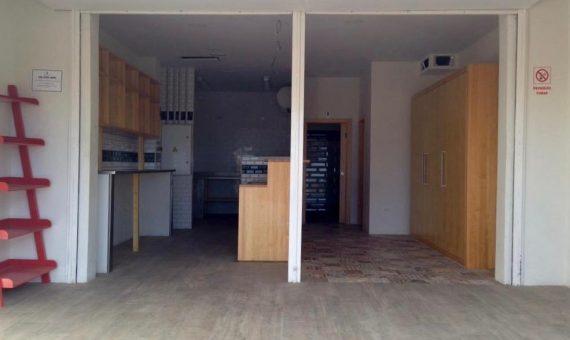 Local en Arona,  Los Cristianos, 150 m2, terraza   | 2
