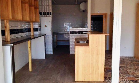 Local en Arona,  Los Cristianos, 150 m2, terraza   | 3
