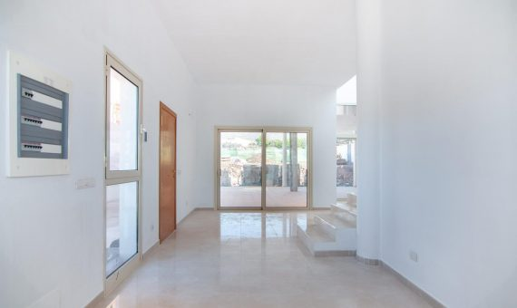 Villa in Adeje, city El Madroñal, 347 m2, garden, terrace, garage, parking   | 123783-570x340-jpg