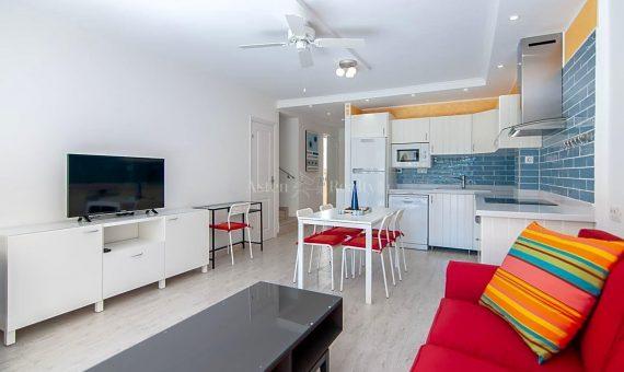 Piso en Adeje,  Torviscas Bajo, 62 m2, con mueble, terraza   | 2