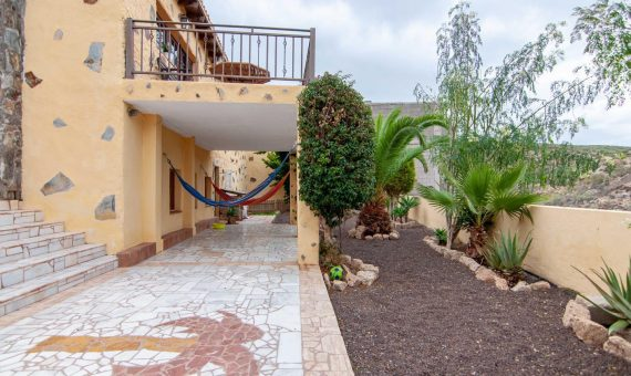 Villa in San Miguel de Abona,  Aldea Blanca, 156 m2, fully furniture, garden, terrace, balcony, garage, parking   | 1