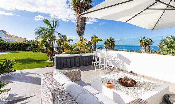 Villa in Adeje,  Golf Costa Adeje, 381 m2, fully furniture, garden, terrace, balcony, garage, parking   | 124306-570x340-jpg
