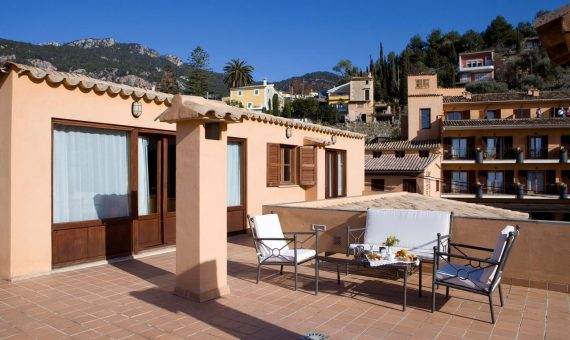 Apartment in Palma de Mallorca, 4000 m2, garden, terrace, balcony   | 2