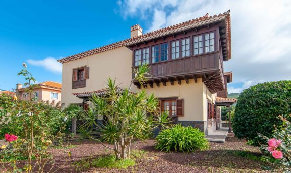 Вилла в Вега-де-лас-Мерседес, 420 м2, с мебелью, сад, террасса, гараж   | 125674-570x340-jpg
