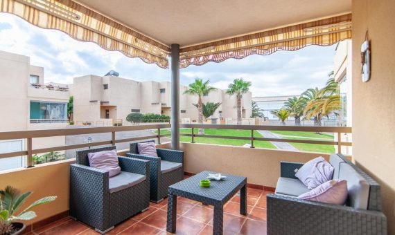 Casa adosada en Granadilla,  El Medano, 176 m2, con mueble, terraza, garaje, aparcamento, aparcamento   | 2