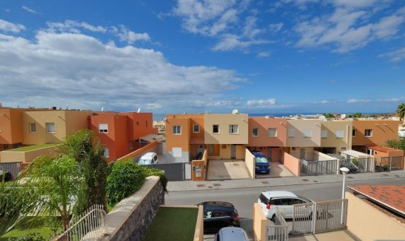 Townhouse in Adeje,  El Madroñal, 222 m2, garden, terrace, garage, parking   | 3