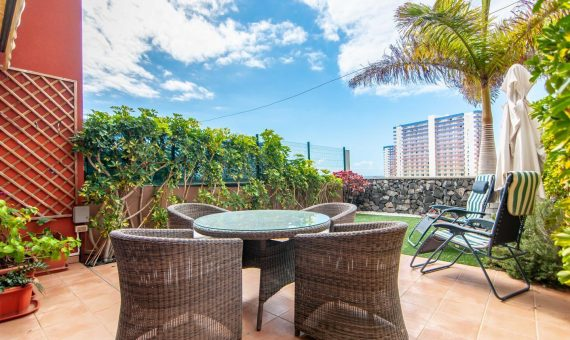 Casa adosada en Adeje,  Playa Paraiso, 175 m2, con mueble, jardin, terraza, balcon, garaje, aparcamento, aparcamento   | 127968-570x340-jpg