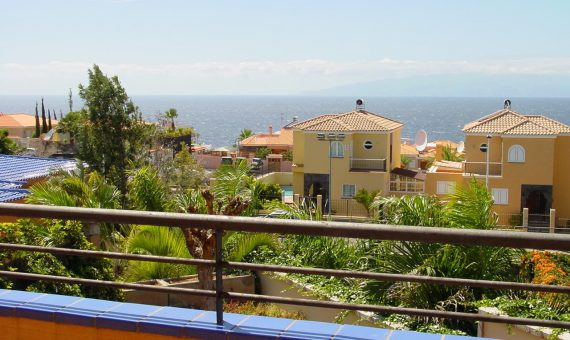 Townhouse in Santiago del Teide,  Los Gigantes, 182 m2, fully furniture, garden, terrace, garage, parking   | 2