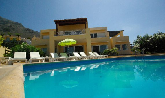 Villa in Adeje,  Roque del Conde, 380 m2, fully furniture, terrace   | 1