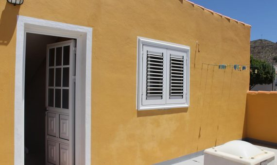 Villa in Santiago del Teide,  Las Manchas, 140 m2, fully furniture, garden, terrace, garage, parking   | 3
