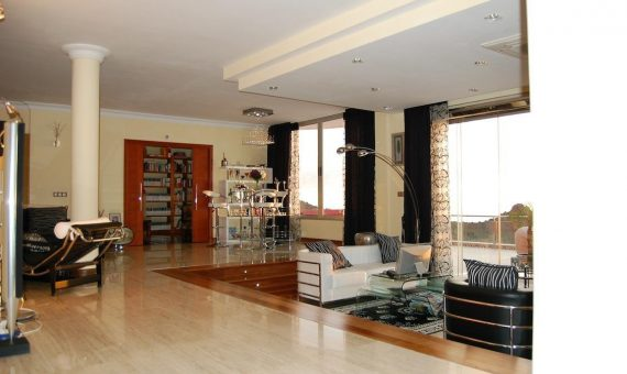 Villa in Adeje, city Torviscas Alto, 1200 m2, fully furniture, garden, terrace, balcony, garage, parking   | 43692-570x340-jpg