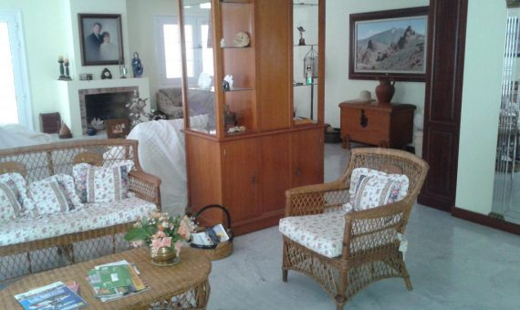 Villa in Adeje,  San Eugenio Alto, 270 m2, garden, terrace, garage, parking   | 1