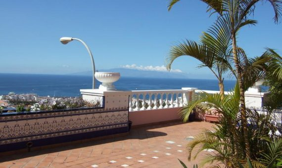 Villa in Adeje,  San Eugenio Alto, 270 m2, garden, terrace, garage, parking   | 45762-570x340-jpg