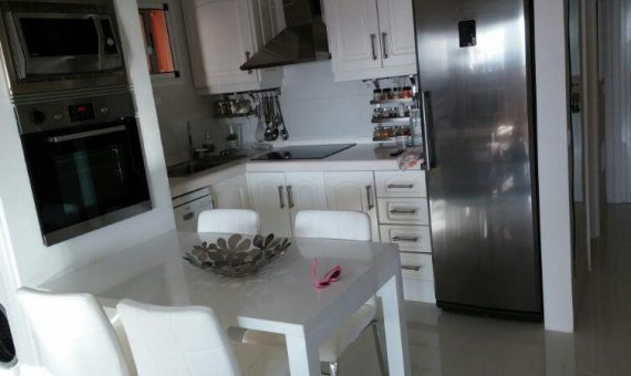 Apartment in Arona,  Los Cristianos, 66 m2, fully furniture, terrace, garage, parking   | 2