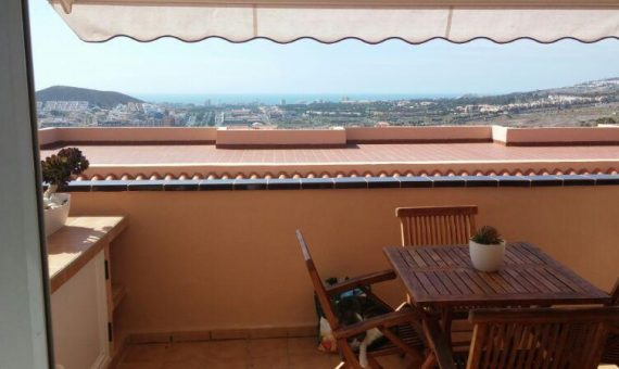 Apartment in Arona,  Los Cristianos, 66 m2, fully furniture, terrace, garage, parking   | 1