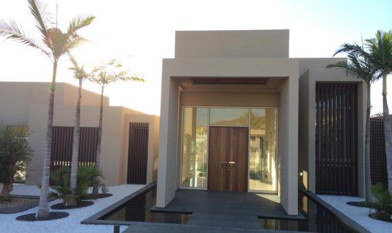 Villa in Adeje,  Golf Costa Adeje, garden, terrace, balcony, garage, parking   | 2