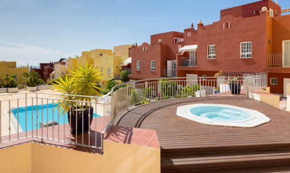 Townhouse in Adeje, city Callao Salvaje, 160 m2, fully furniture, terrace, balcony   | 54043-570x340-jpg