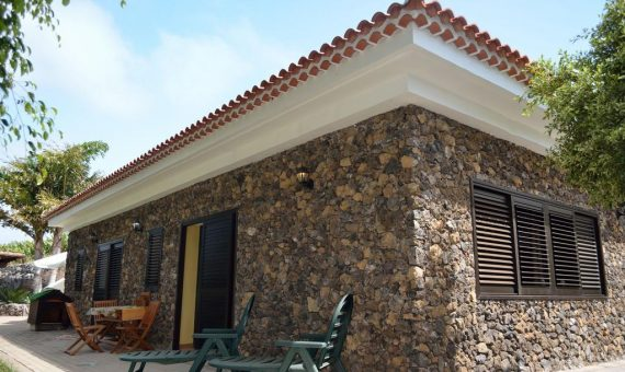 Villa in Guia de Isora, city Alcala, 175 m2, fully furniture, garden, garage, parking   | 95185-570x340-jpg