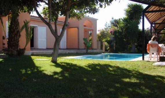 Вилла в Адехе,  Таучо, 400 м2, с мебелью, сад, террасса, гараж   | 2